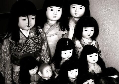 800px-Ichimatsu_ningyō
