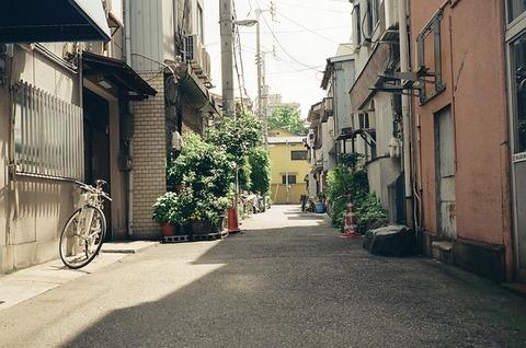 street-3039792_640