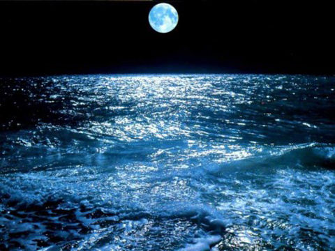 ocean_and_moon