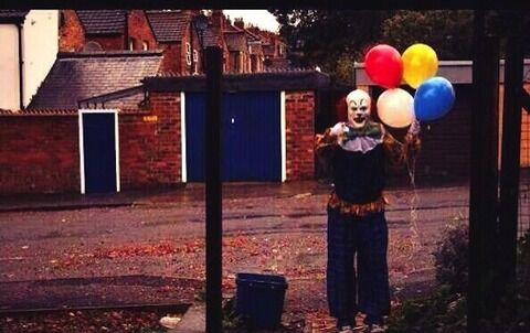 Kotaku_201309_spooky_clown_of_northampton