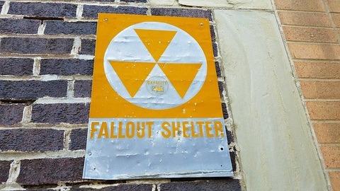 fallout-shelter-2835496_640