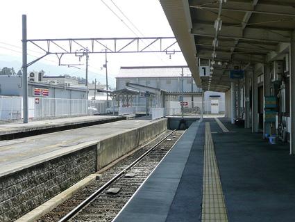 多賀大社前駅のホーム