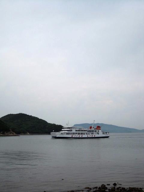 小豆島行きフェリ〜0526