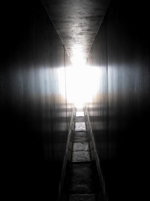 護王神社石室0522