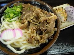 桃山亭丸亀本店0317肉うどん中&むすび2コ