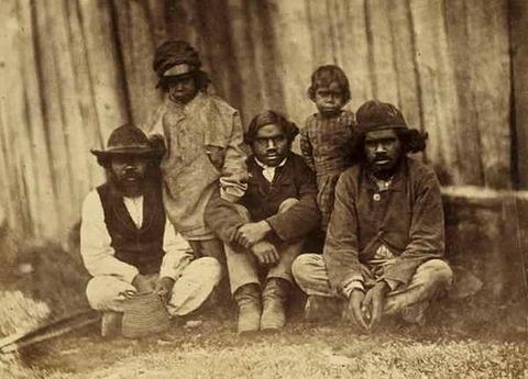 620px-Aboriginal_farmers_at_Franklinford_1858
