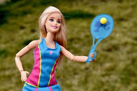 barbie-1724904_1920