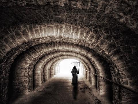 tunnel-965720_1920