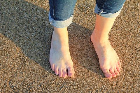feet-2405240__480