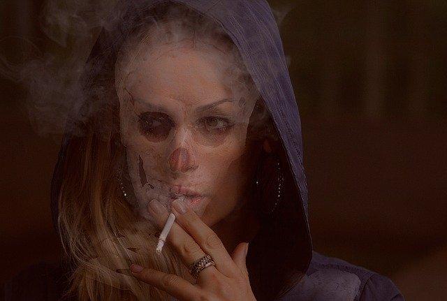 smoker-2685003_640