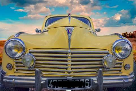 car-4202678_1920