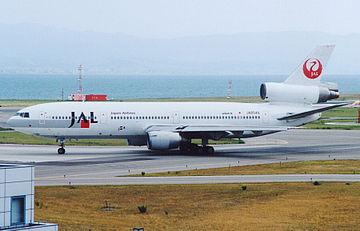 360px-DC10-40_JapanAirLine_JA8549(20010728KIX)