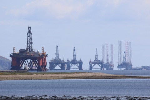 oil-rig-3789758_1920