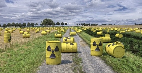 nuclear-waste-1471361_640