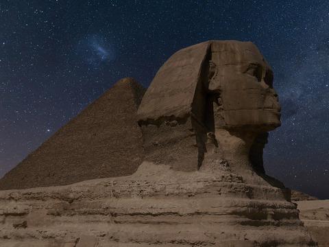 sphinx-2116041_1280