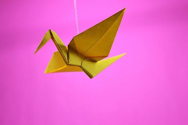 origami-2828268_640
