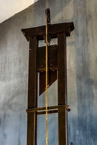 guillotine-1649490_640