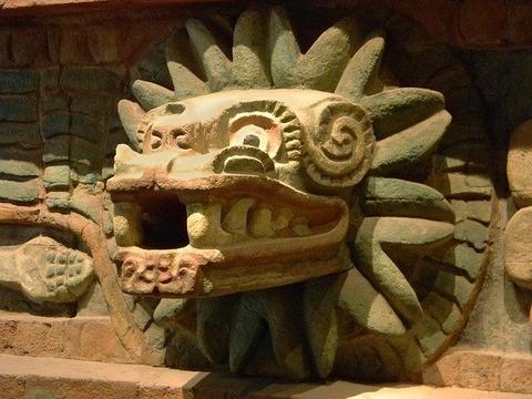 quetzalcoatl-936621_640