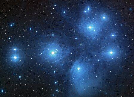 450px-Pleiades_large