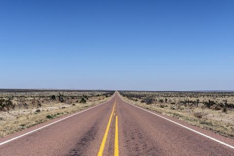 road-808167_1920