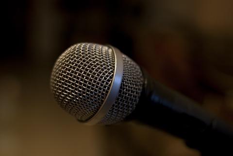 karaoke-3083121_1280