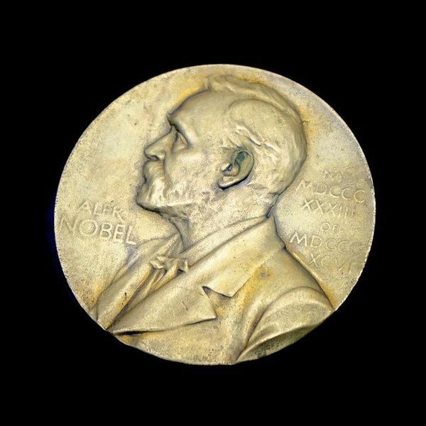 nobel-prize-1356450_640