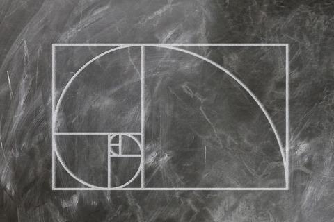fibonacci-3210943__480
