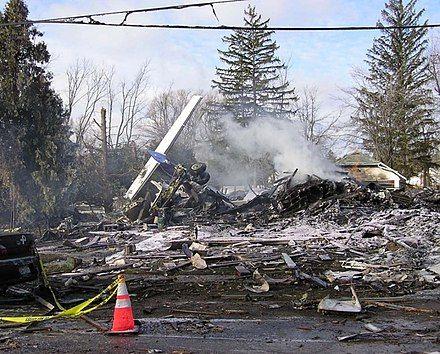440px-Colgan_Air_Flight_3407(N200WQ)_wreckage