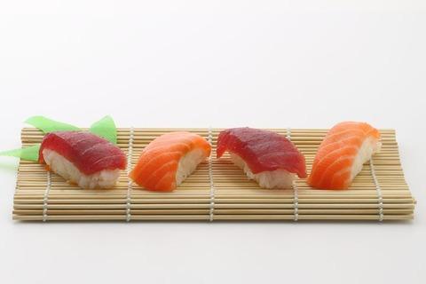 sushi-354629__480