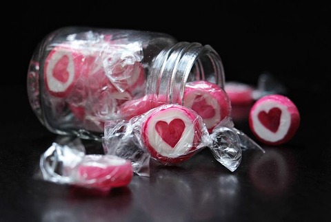 candy-2087625__480