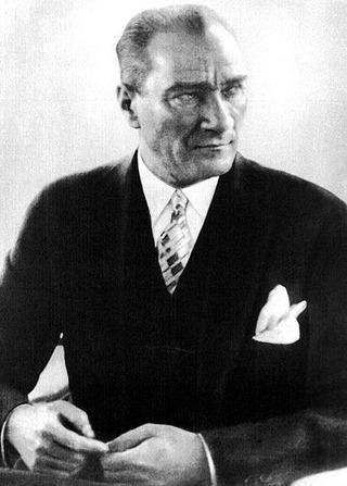 450px-Atatürk_Kemal