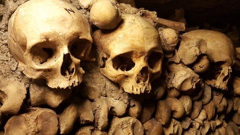 catacombs-2109028_1920