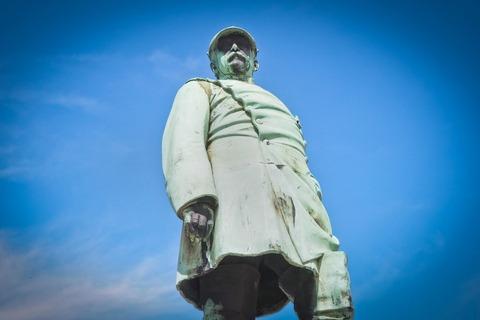 statue-3588166_1920