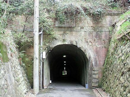 花山隧道_01