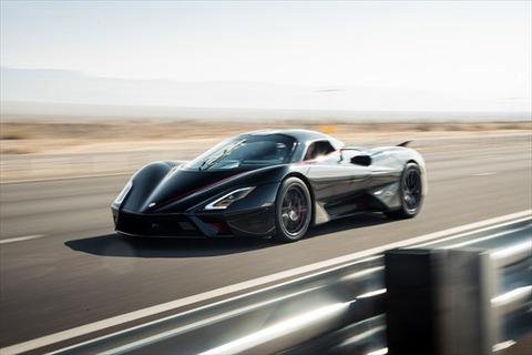 市販車で時速532.9キロ!? 最新ハイパーカー「SSCトゥアタラ」4つの世界最速記録を樹立