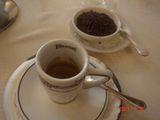 カフェにチョコ