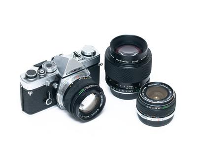 OM-1 + Zuiko 28mm F3.5, Zuiko 50mm F1.4, Zuiko 90mm F2.0 macro