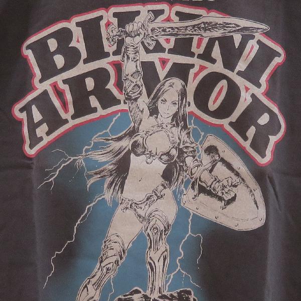 ビキニアーマーは存在するTシャツ01