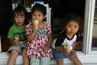 Dans le jardin May 4 2011 010