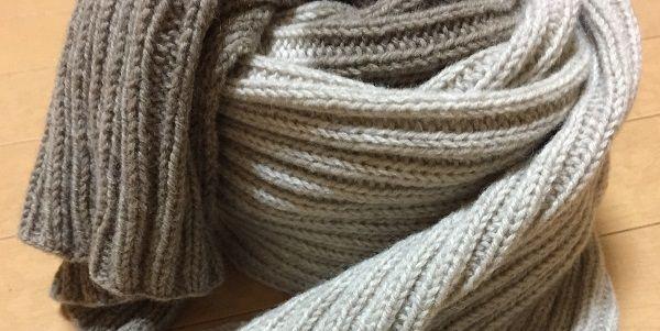 二目ゴム編みのシンプルマフラー