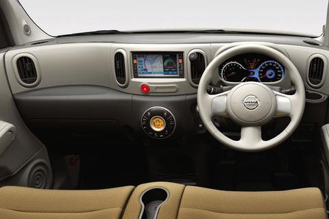 日本車の内装は安っぽすぎ