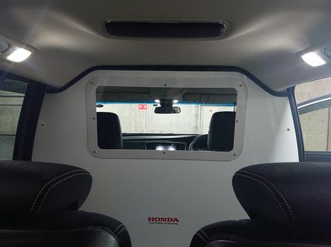 ホンダが新型コロナ軽症者の搬送車両を開発