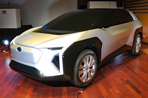 スバルが新型EVのコンセプトモデルを発表、トヨタと共同開発を進める電動SUV