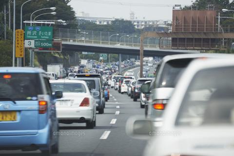高速道路は渋滞したら無料