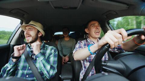 友達とのドライブ
