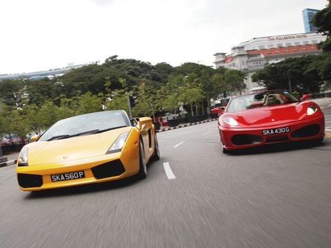 フェラーリとかランボルギーニ
