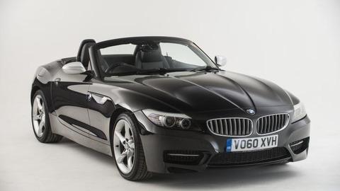 BMW、新型「Z4」を酷いデザインのまま発売 566万円~ トヨタと共同開発なんてするから…