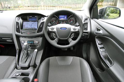 最近の車「スペアタイヤ?ラジオ?マット?シガーライター?灰皿?んなもんオプションでええやろw」