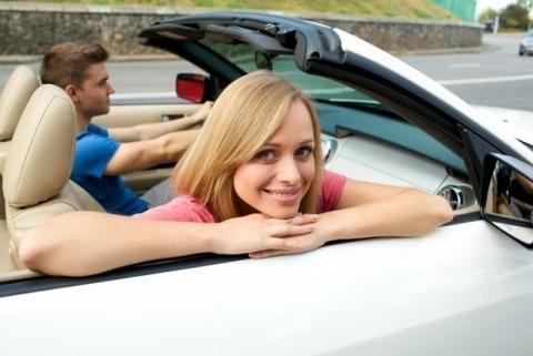 女の子友達をドライブに誘ってみた