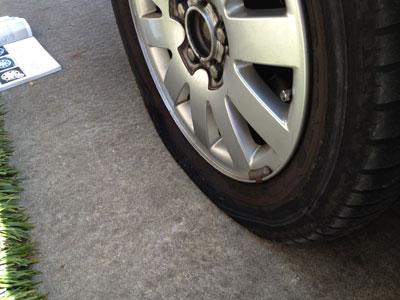 punctured-tire01